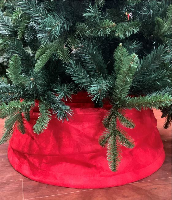 Red—Christmas-Tree—Collar—With-Tree